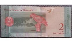 2 боливара Венесуэлы 2018 г. Попугай Ара